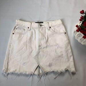 Lucky Brand white skirt SZ 0
